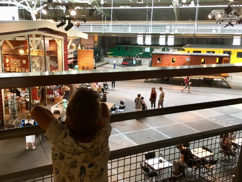 Spoorwegmuseum van bovenaf